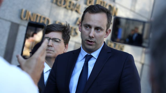 Trump Pardons Ex-Google Engineer Convicted of Stealing Trade Secrets