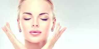 Illustration for article titled 20 Cara memutihkan wajah Secara alami mudah dan cepat
