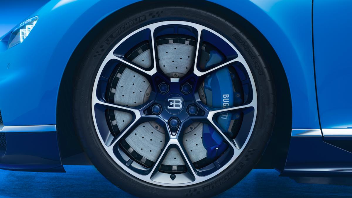 Bugatti chiron brakes