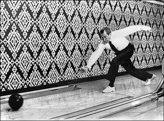 Illustration for article titled The Rise And Fall Of Professional Bowling