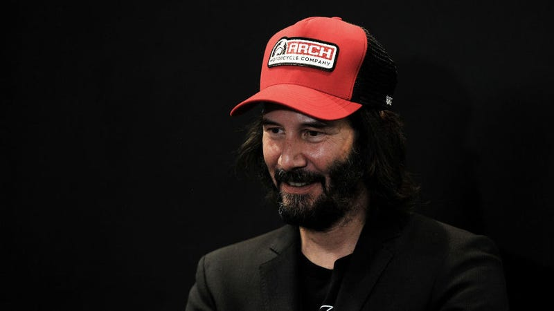Illustration for article titled It's 3 p.m., let's watch baby Keanu Reeves sell a bunch of shit