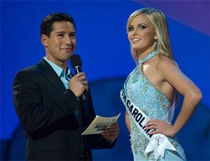 Illustration for article titled Miss Teen South Carolina To 'Facebook' Frenemies: Victory Is Myn!