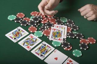 play texas holdem poker