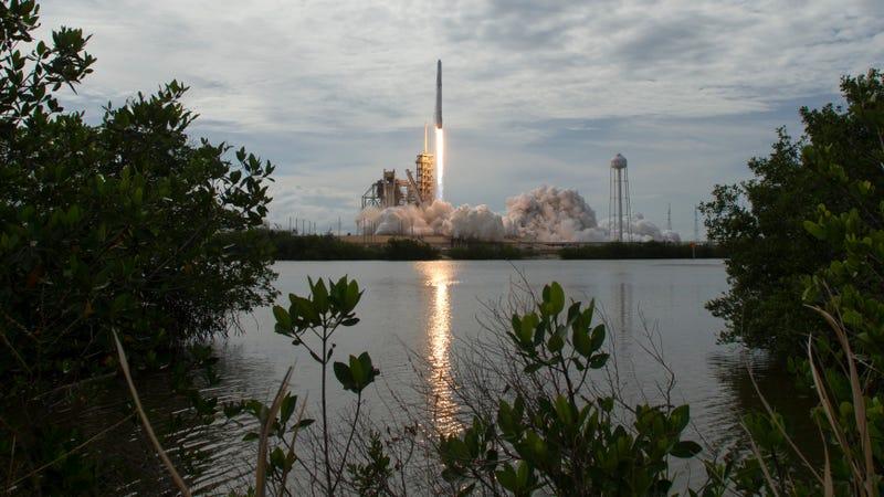El cohete Falcon 9 de SpaceX.