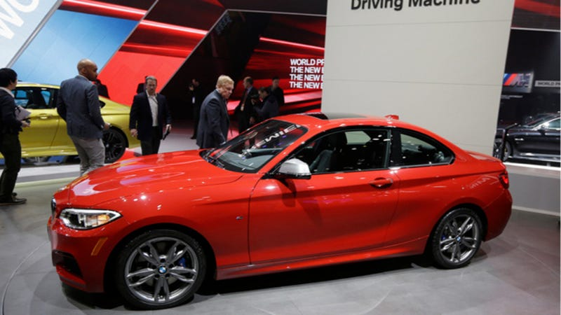 Illustration for article titled The 2015 BMW M235i Is Bringing 325 HP Of Tiny Goodness To America