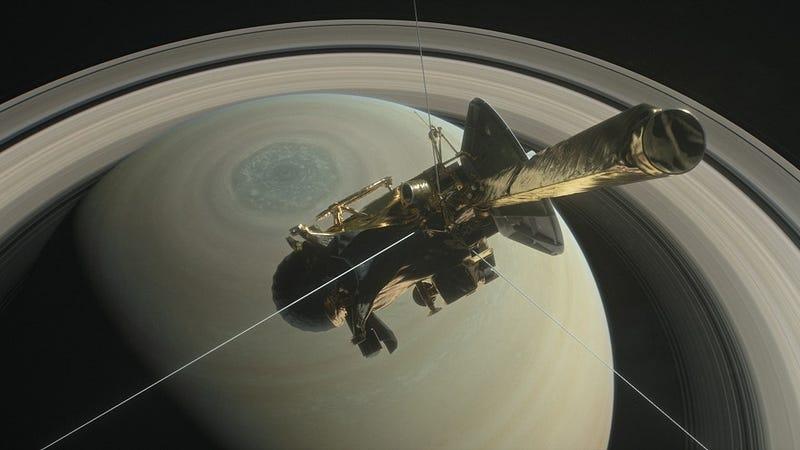 Cassini dará cinco vueltas más sobre Saturno antes de morir para estudiar al planeta una última vez