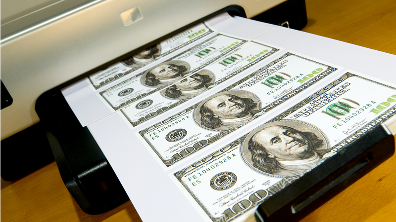 Illustration for article titled An Idiot Counterfeiter Returned His Printer with a Sheet of Fake Hundreds Inside
