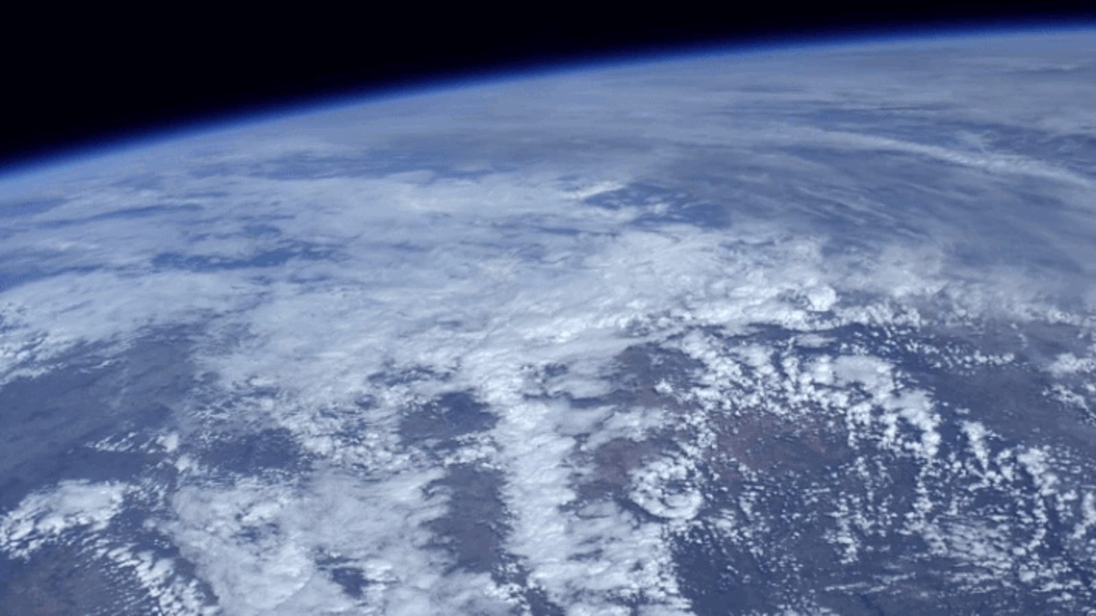 Hi-Def Video of Earth From Space Is So Beautiful You'll Want to Punch Yourself in the Face