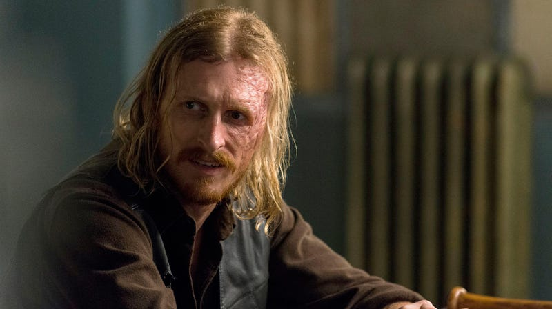 Dwight (Austin Amelio) is changing Walking Dead shows.