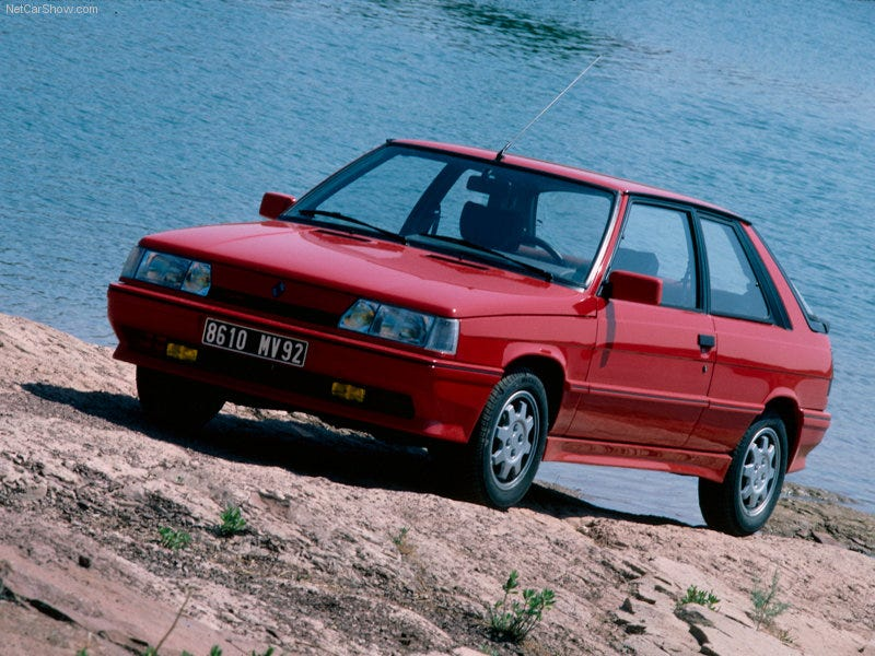 Illustration for article titled Long Lost Hot Hatches - Renault 11 Turbo
