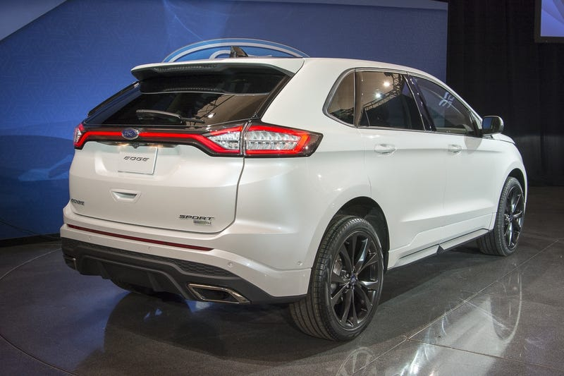 I Like The  Mkx But I Wish Ford Hadnt Used Full Width Taillights On The Upcoming  Edge As Well Since Ford Kept That Design Cue Lincoln Exclusive