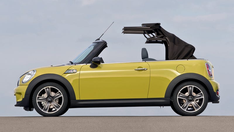 Illustration for article titled 2009 MINI Cooper, Cooper S Convertible Officially Reveal Whopping Price Jump
