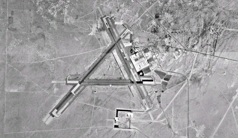 Una vista aérea de la estación Naval Air Weapons Center en China Lake (Wikipedia)