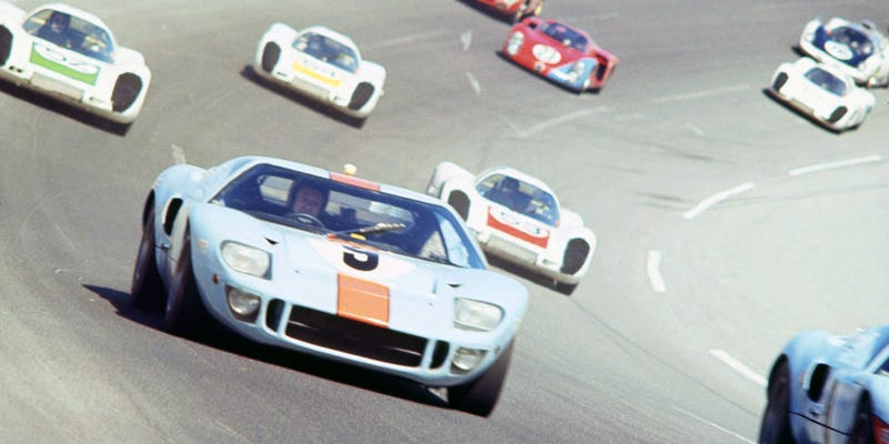 Illustration for article titled Gawk at These Early Ford GT40 Photos From R&T