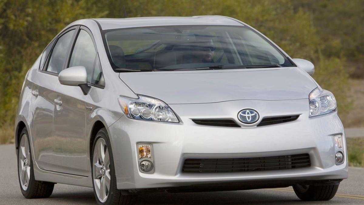 2010 Toyota Prius: Design Dissected