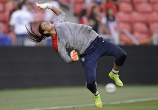 Illustration for article titled Hope Solo's Redemption Tour Has Begun