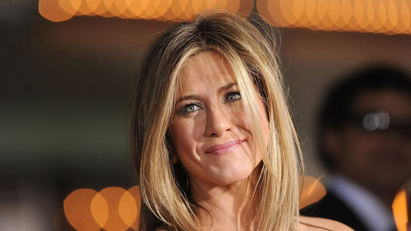 Illustration for article titled Jennifer Aniston Disappoints the World by Handling Brad and Angelina's Engagement Like a Grown-Up