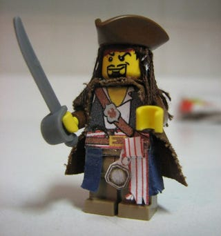 Illustration for article titled The Next Pirates Of The Caribbean Game Will Be LEGO-ized