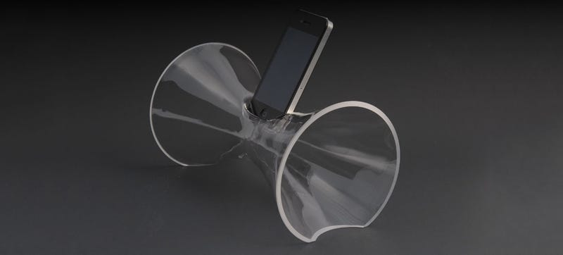 Illustration for article titled The Most Elegant iPhone Speaker Is Just A Single Piece Of Blown Glass