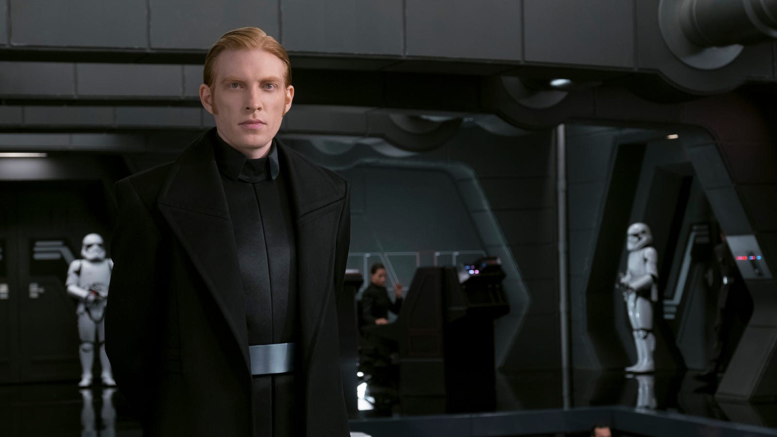 Rian Johnson: Russian Bots Targeted Star Wars: The Last Jedi to Save General Hux