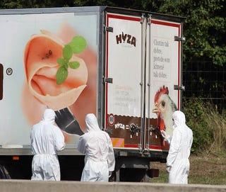 Illustration for article titled Három gyanúsított már őrizetben van, és négy gyerek is volt a teherautóban