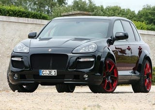 """Illustration for article titled ENCO Gladiator 700GT Biturbo: An """"Exklusive"""" Cayenne With A Mean-Looking Mouth"""