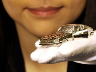 Illustration for article titled Here's Your $76,500 Platinum Toy Car