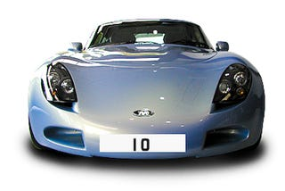 Illustration for article titled UK Vanity License Plate Gets Record Reserve Auction Price Of $14K