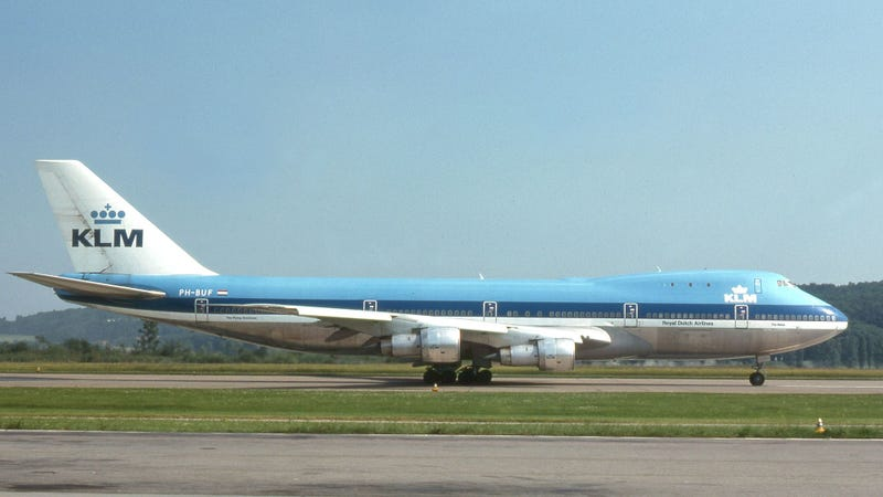 """One of the accident aircraft KLM 747 """"The Rhine."""" Photo by Wikipedia user Clipperarctic, CC-BY-SA 2.0"""