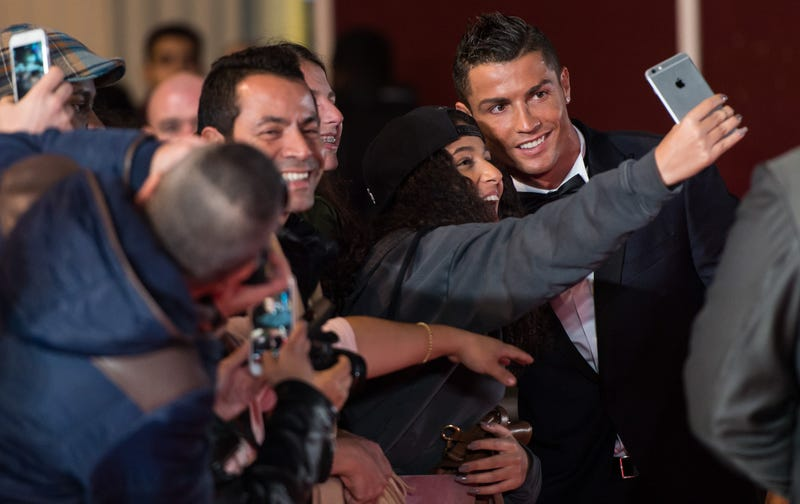 Illustration for article titled Cristiano Ronaldo's Movie Premiere Was Perfectly Sad
