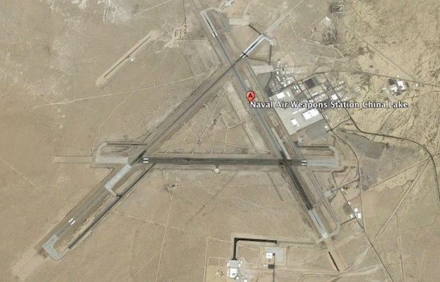 America S Secret Airline Flies Non Stop To Area 51