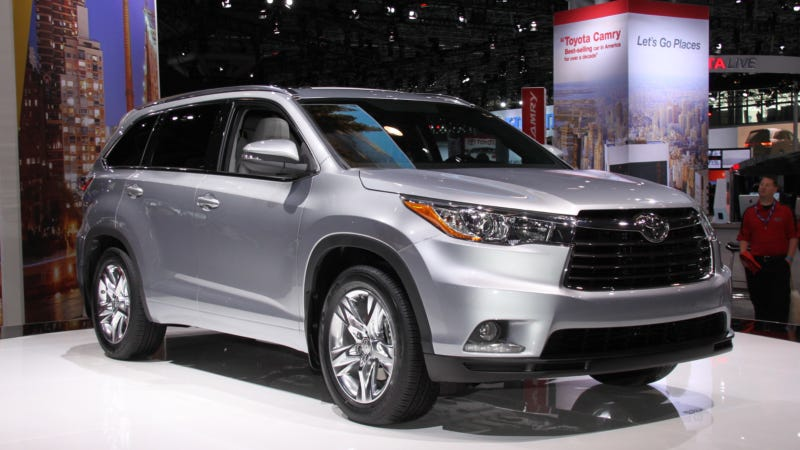 Illustration for article titled Toyota Has A Secret Way To Lure Small Children Into The 2014 Highlander