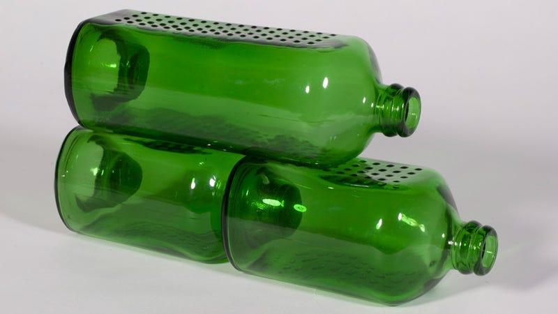 La innovadora idea de Heineken para construir casas con cervezas