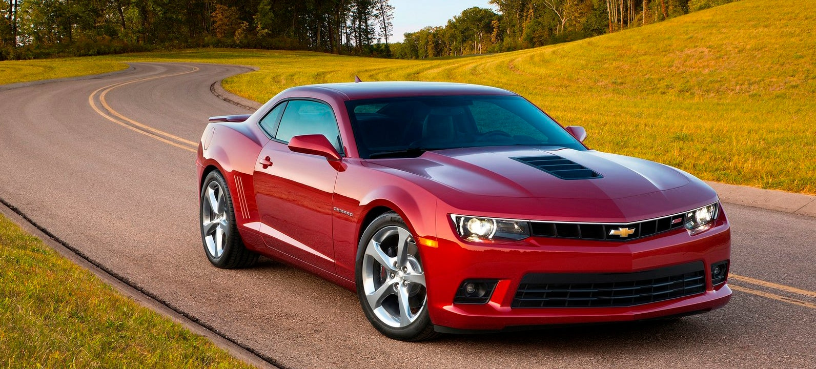 the redesigned 2016 chevrolet camaro won 39 t look much different. Black Bedroom Furniture Sets. Home Design Ideas