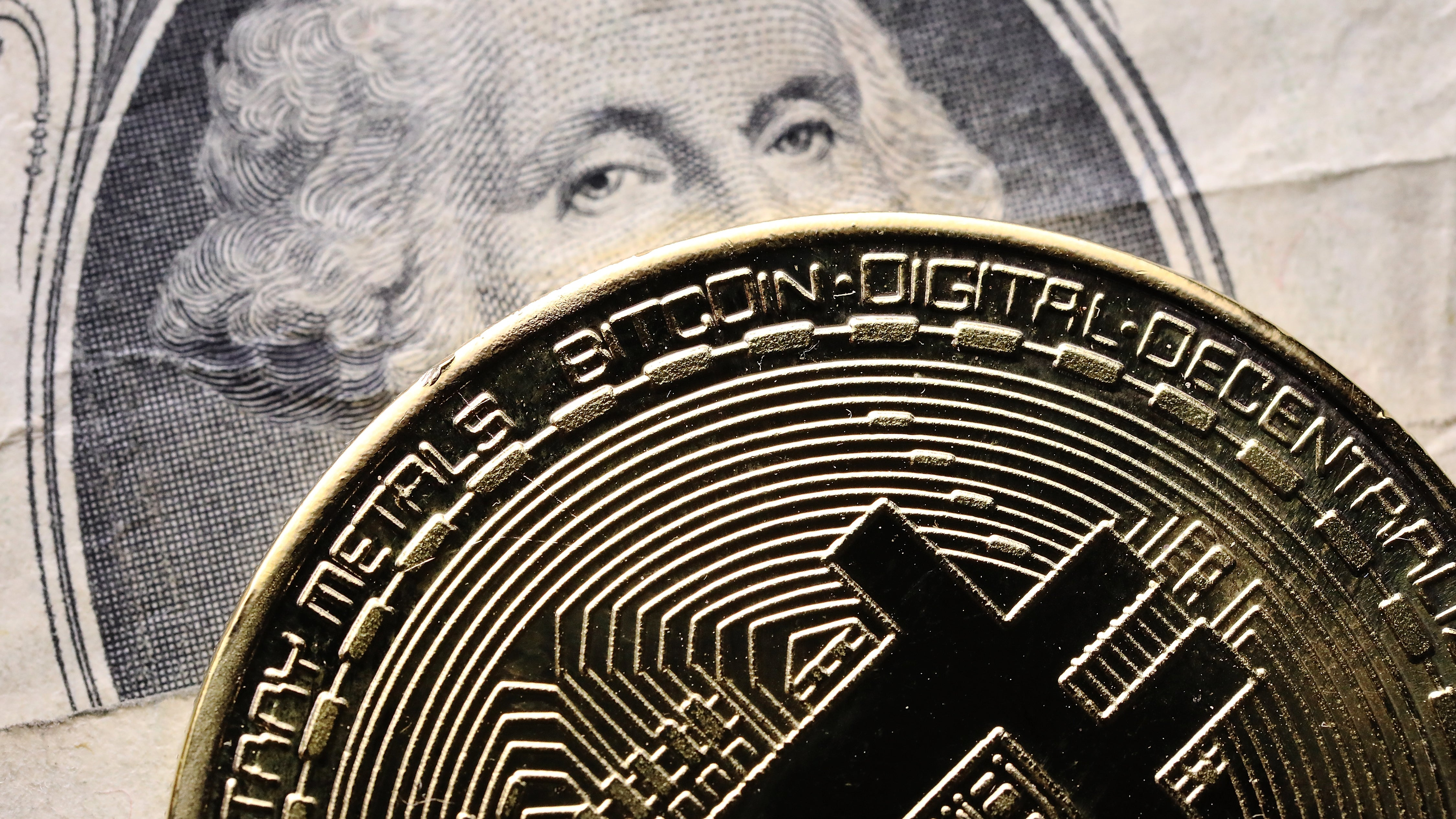 US Feds Rush To Cash In On Seized Bitcoin Cache Before The Bubble Bursts