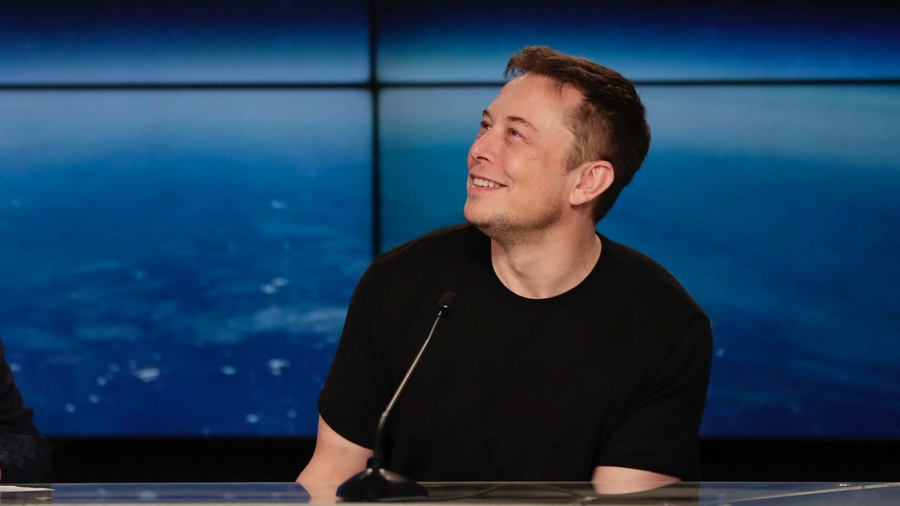 elon-musk facebook feature social-media space-x spacex tesla tesla-motors