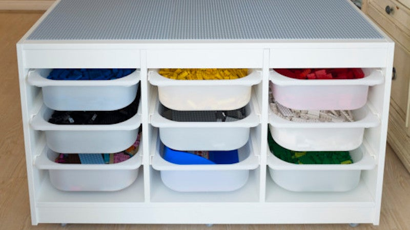 Build A Specialised LEGO Station For Ultimate Organisation