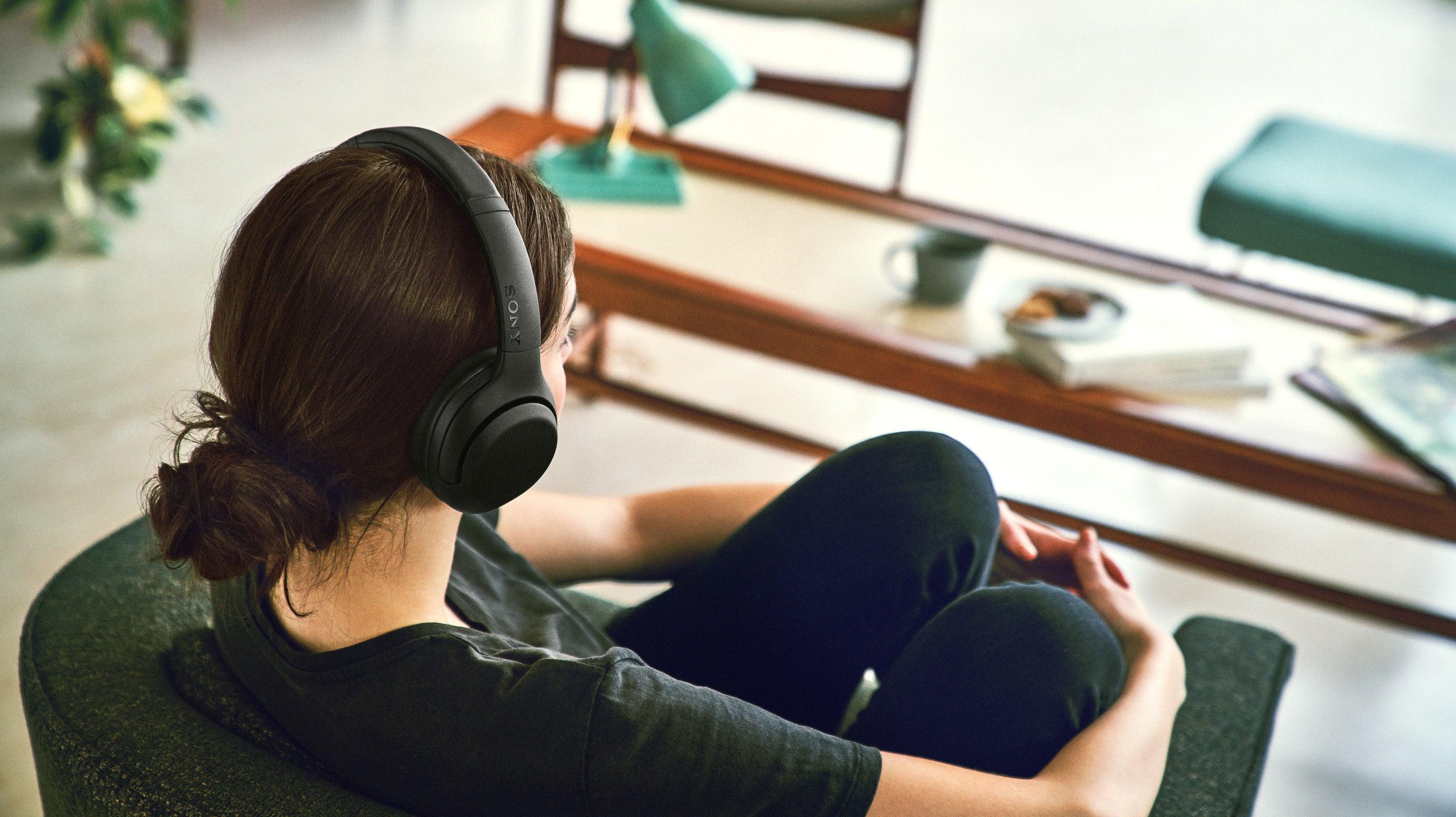 bose jabra noise-canceling noise-canceling-headphones sony sony-headphones sony-wh-1000xm2 sony-xb900n