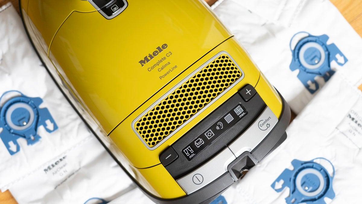 bag-vacs dyson-vs-miele miele-c3-vacuum vacuums