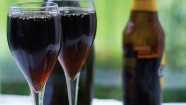 Mix Champagne And Stout For A Bubbly, Creamy Cocktail
