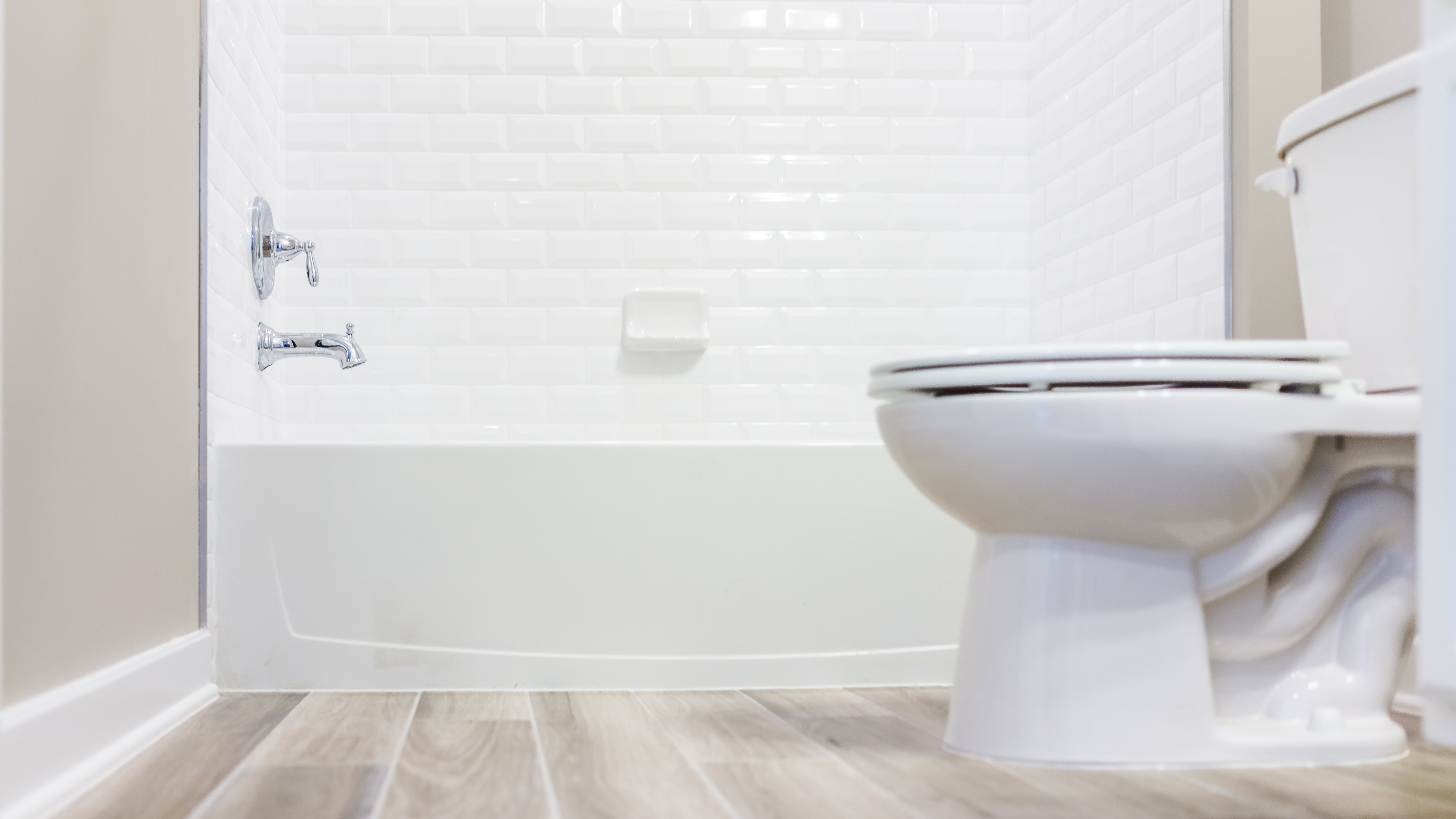 Use A Squeeze Bottle As A DIY Bidet