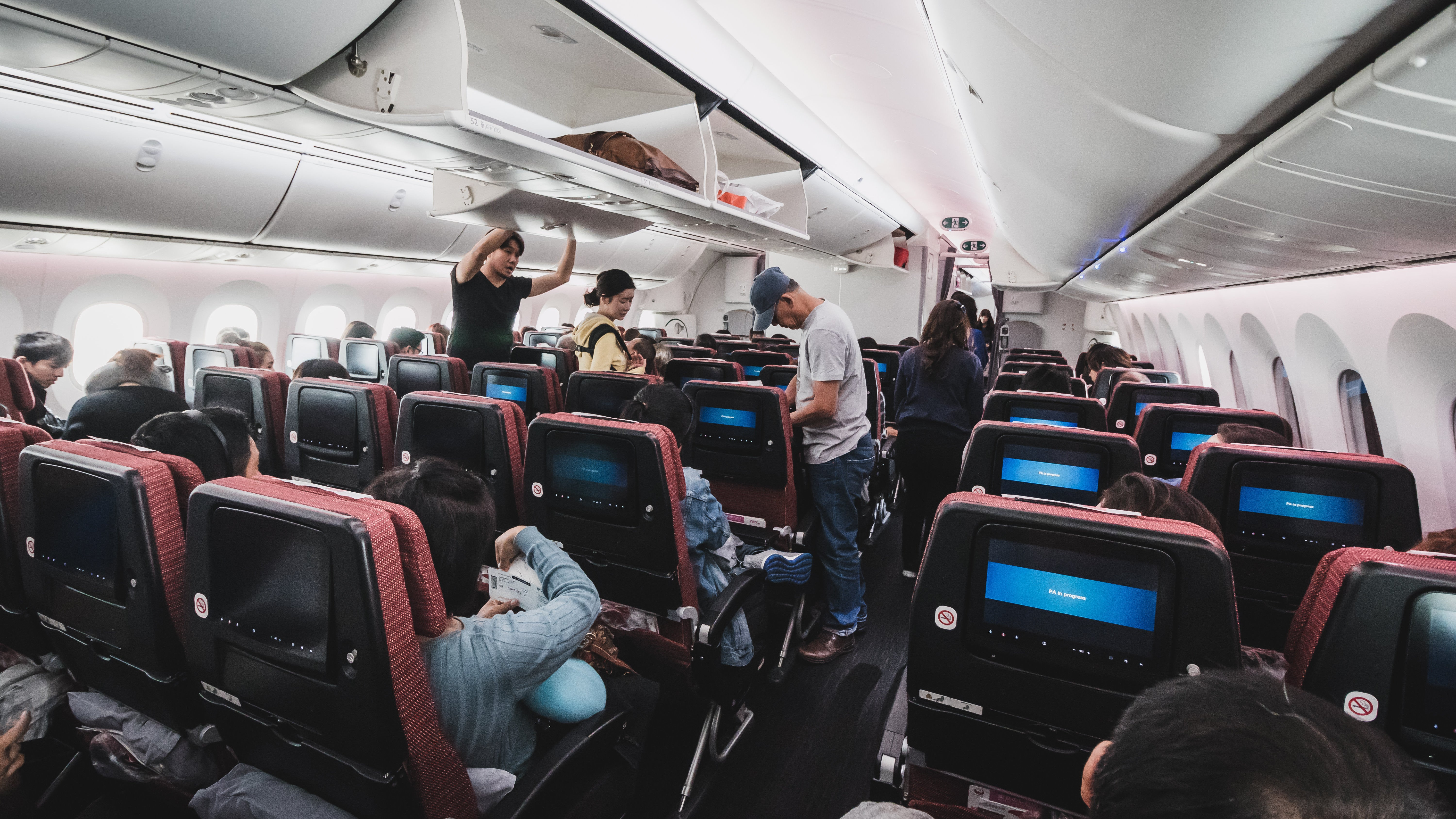 How To Survive The Middle Seat On Flights