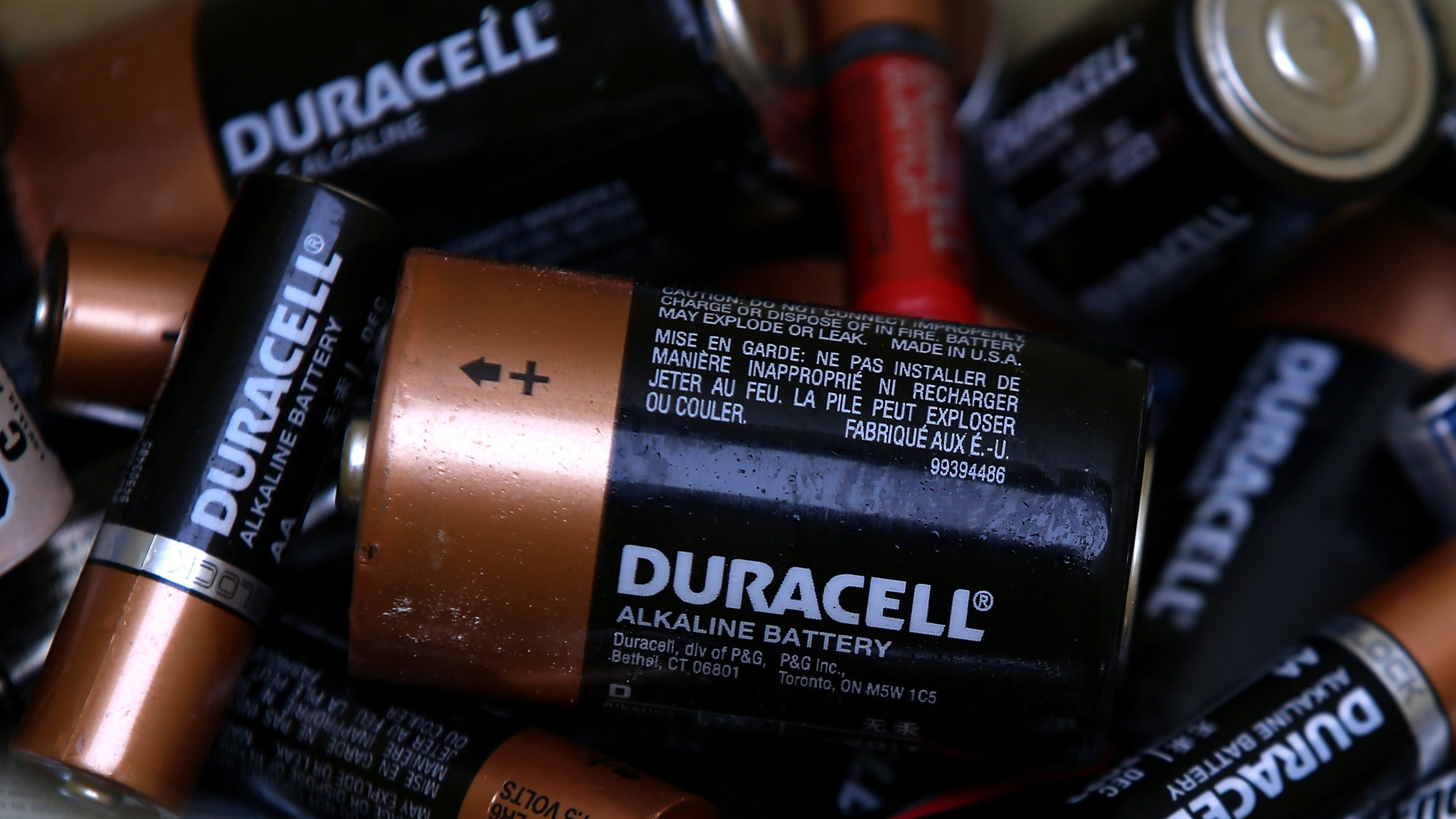 batteries duracell energizer recycle remote