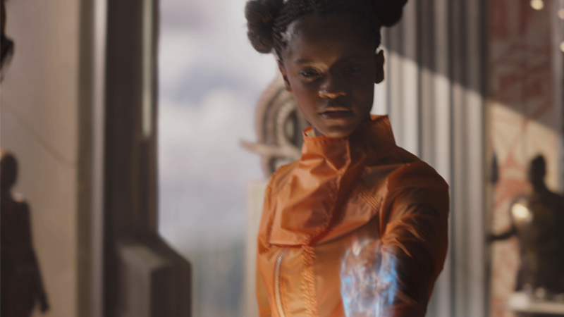 This Delightful Avengers: Infinity War Clip Shows Shuri Effortlessly Roasting Bruce Banner