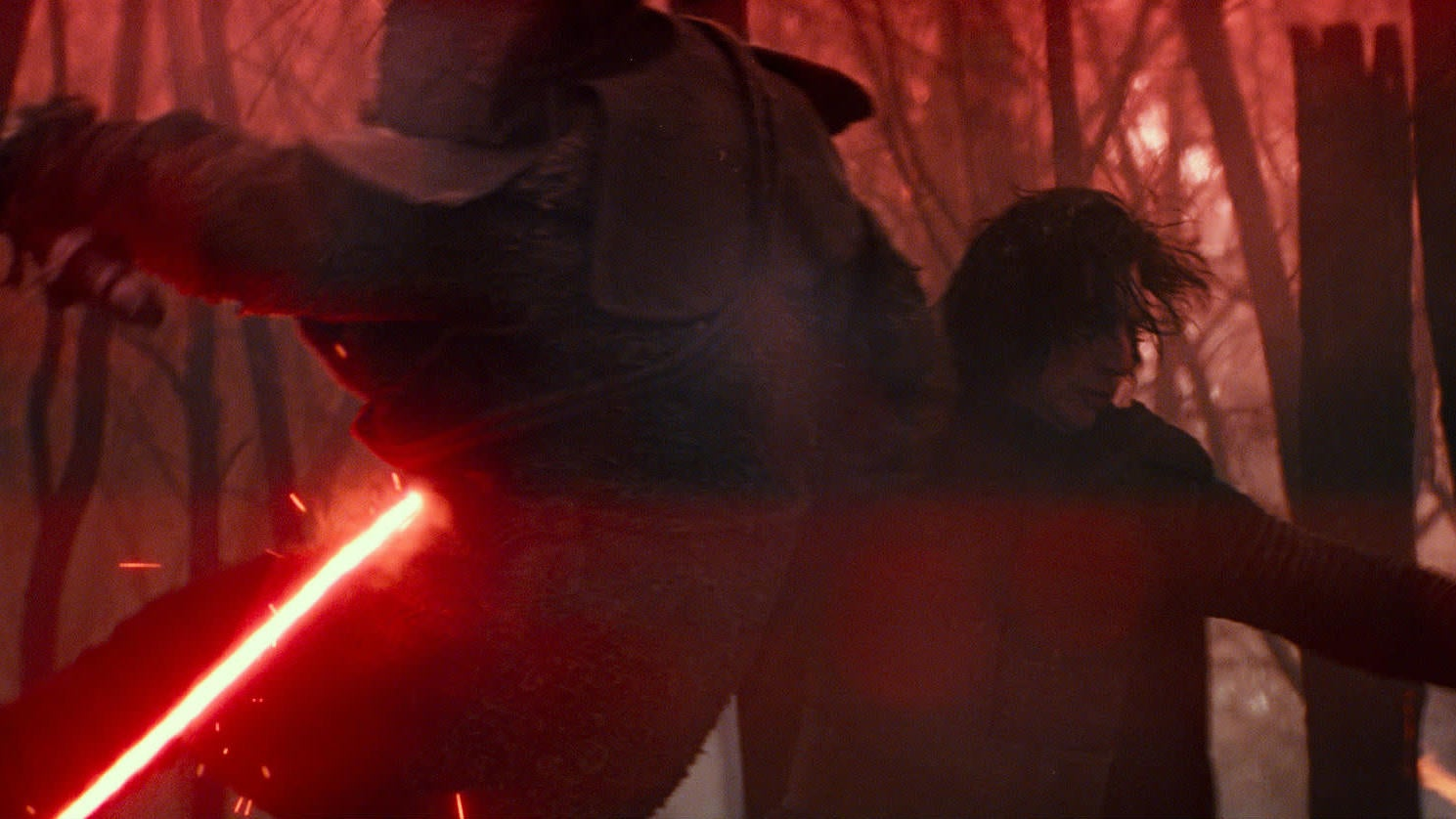 New Star Wars: The Rise Of Skywalker Footage Featured Rey In A Black Hood With A Dual Red Lightsaber