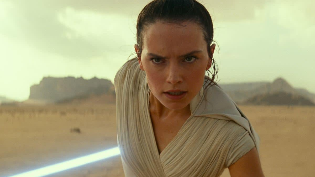 Daisy Ridley Says The Lightsaber Fights In The Rise Of Skywalker Were Easier To Film For One Simple Reason