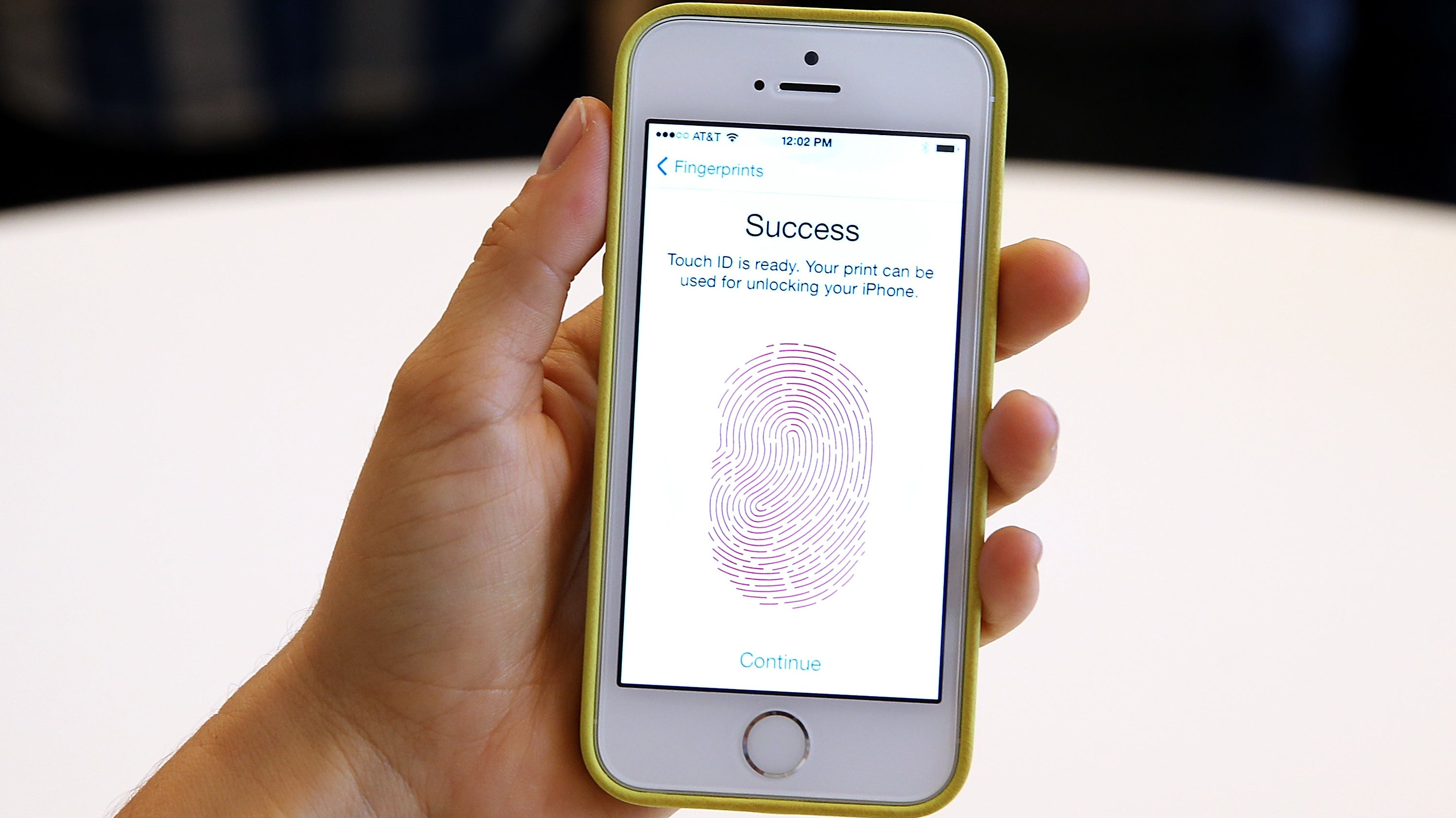 There's A Brute Force Hack That Can Bypass The iPhone's Passcode Limit