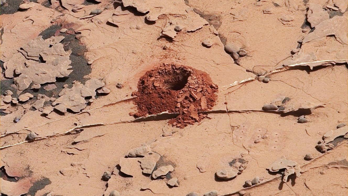 NASA's Curiosity Rover Is Able To Drill Holes Into Rocks Again