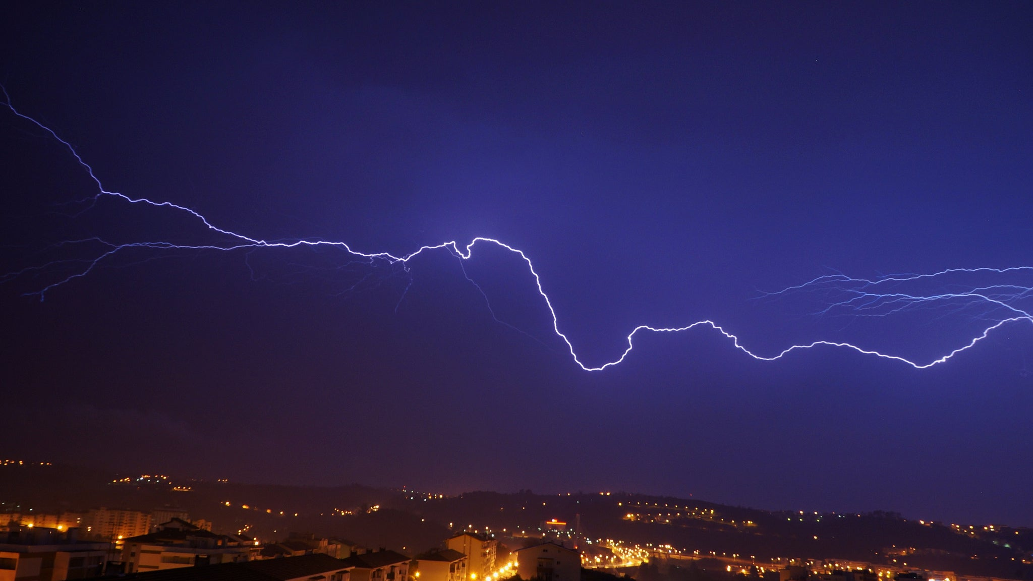 Thunderstorm Turns Into A Nuclear Reactor And Blasts Radiation Everywhere