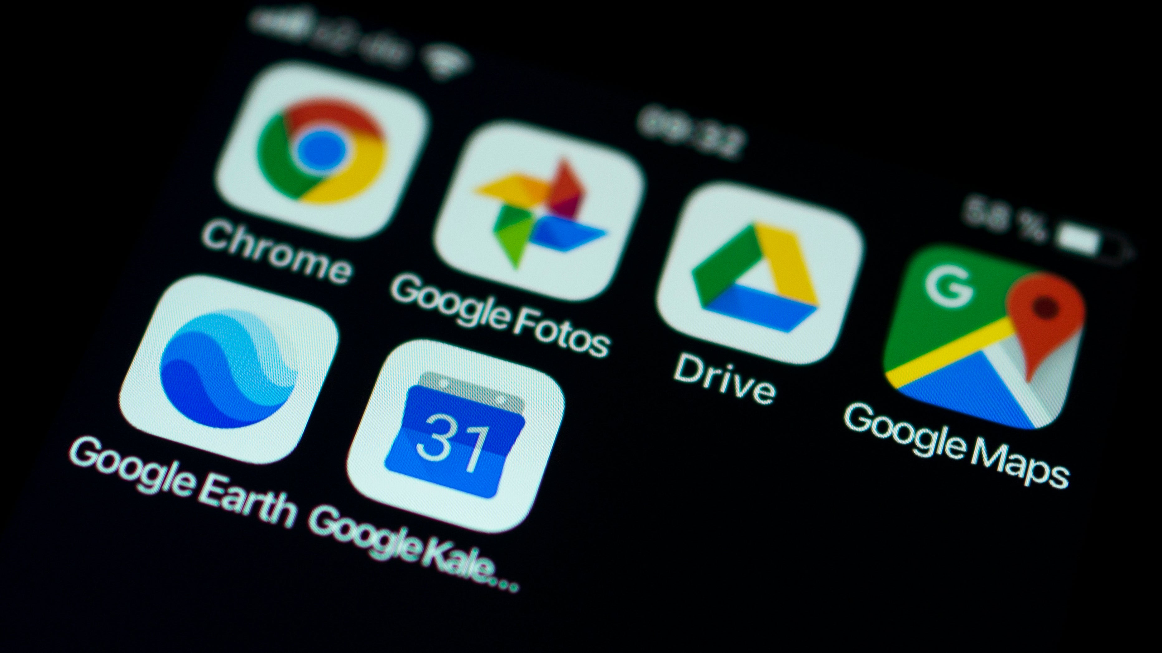 Google, Burned By $7 Billion Fine, Tells Europe That Phone Makers Will Have To Pay To Preload Apps